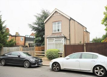 1 bed flat for sale in Percy Road, London N12
