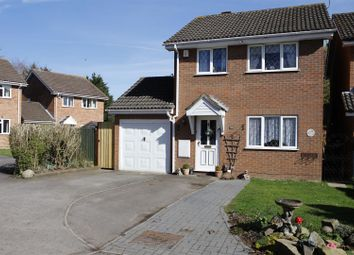 Thumbnail 3 bedroom property for sale in Bourne Close, Calcot, Reading