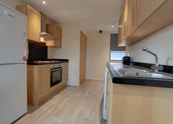 2 bed flat to rent in Cross Bedford Street, Sheffield S6