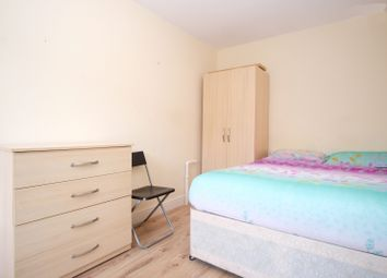 Thumbnail Room to rent in R6, 102 Gurney Road, London
