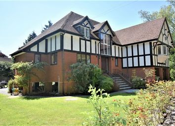 Thumbnail 5 bed property to rent in Fishery Road, Maidenhead, Berkshire