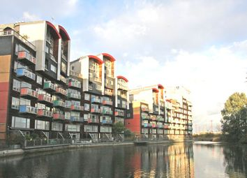 Thumbnail 2 bed flat for sale in Farnsworth Court, Greenwich