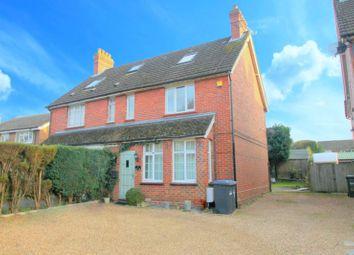 Hophurst Lane, Crawley Down, Crawley RH10. 3 bed property