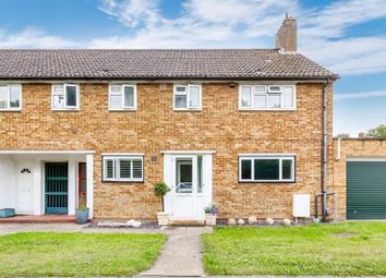Thumbnail 2 bed maisonette for sale in Mansfield Road, Chessington