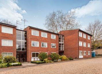 Thumbnail 3 bed flat to rent in Lady Jane Court, Cavendish Avenue, Cambridge