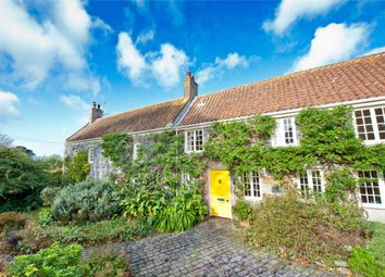 Thumbnail 6 bed detached house to rent in La Cour De Longue, Rue Des Issues, St Saviour's
