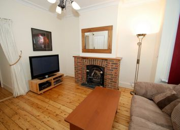 Thumbnail 1 bed flat to rent in Elthorne Avenue, Hanwell