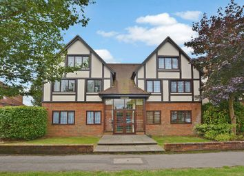 Thumbnail 2 bed flat for sale in Warwick Road, Beaconsfield