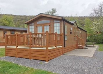 Thumbnail 2 bed mobile/park home for sale in Ambleside Road, Troutbeck Bridge, Windermere