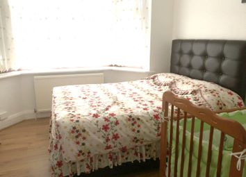 Thumbnail 6 bed shared accommodation to rent in Arcadian Gardens, Wood Green