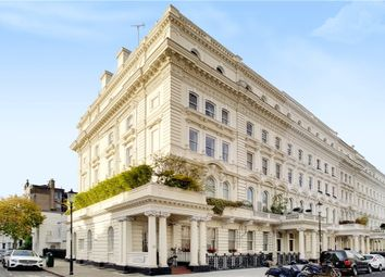 Thumbnail 3 bed flat to rent in Queen's Gate Terrace, South Kensington, London