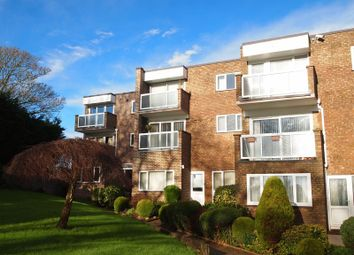 Thumbnail 2 bed flat to rent in St. Vincents Road, Torquay