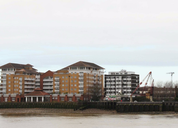 Thumbnail 3 bed shared accommodation to rent in Hutchings Wharf, Docklands