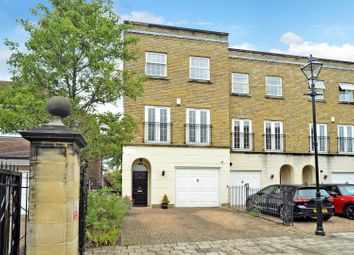 Chadwick Place, Long Ditton, Surbiton KT6. 4 bed end terrace house