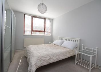 Thumbnail 1 bed flat to rent in Pitfield Street, Hoxton, London