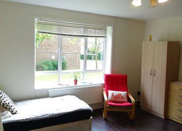Thumbnail Room to rent in St Johns Way, London