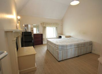 Thumbnail 1 bed flat to rent in Southwood Road, New Eltham