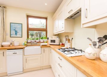 Thumbnail 1 bedroom flat for sale in Linacre Road, Willesden Green