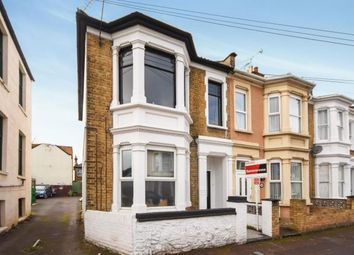 Thumbnail 2 bedroom flat for sale in Gordon Road, Southend-On-Sea