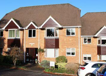 11 Ellingham Close, Grange Road, Alresford SO24. 2 bed flat for sale