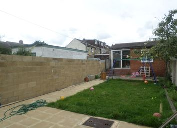 Thumbnail 1 bed terraced house to rent in Connaught Road, Luton