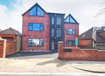 Thumbnail 3 bed flat for sale in Bronwydd Avenue, Penylan, Cardiff