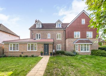 Reed Close, Hassocks BN6. 5 bed semi-detached house