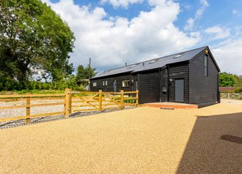 Thumbnail 3 bed barn conversion to rent in Hildenborough Road, Shipbourne, Tonbridge