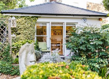 3 bed property for sale in Belsize Park Gardens, Belsize Park NW3