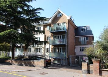 Station Road, New Barnet EN5. 2 bed flat