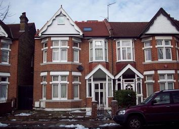 Thumbnail 1 bed flat to rent in Craven Avenue, London