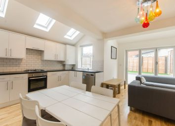 Thumbnail 3 bed flat to rent in Chapter Road, Willesden