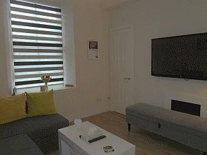 Thumbnail 1 bed flat to rent in Baker Street, Rosemount