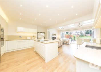 Elmhurst Drive, Hornchurch RM11. 3 bed detached house