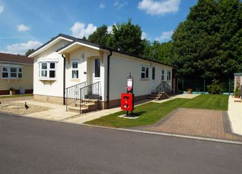 Thumbnail 2 bed mobile/park home for sale in Fairfield Park, Newark, Nottinghamshire