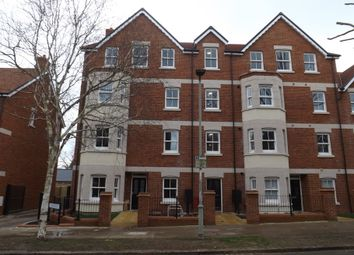 Thumbnail 2 bed flat to rent in De Montfort Place, Bedford