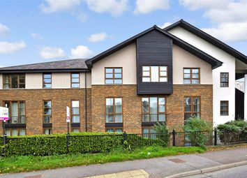 Station Road North, Southwater, Horsham, West Sussex RH13. 1 bed flat