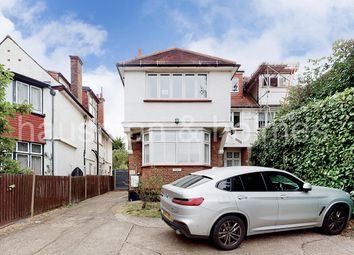 Finchley Road, London NW11. 3 bed flat