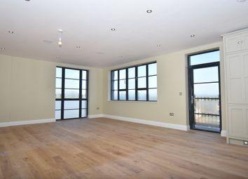 Thumbnail 2 bedroom flat for sale in Bartholomew Street, Newbury