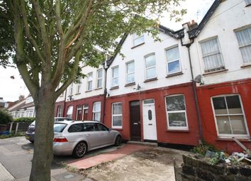 Thumbnail 2 bed flat to rent in Ronald Park Avenue, Westcliff-On-Sea