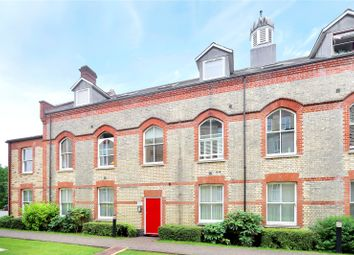 Thumbnail 2 bedroom flat for sale in Mallard Road, Abbots Langley