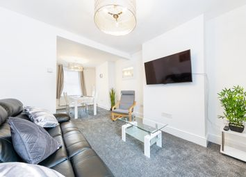 2 bed flat to rent in Monmouth Street, Bristol BS3