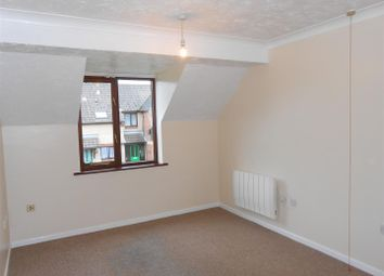 Thumbnail 2 bed flat to rent in Wensum Gardens, Lowestoft