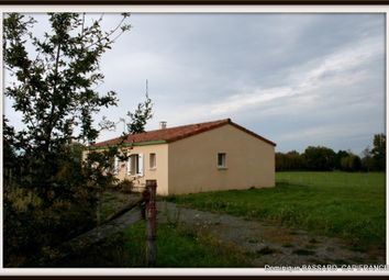Thumbnail 4 bed property for sale in Poitou-Charentes, Charente, Montemboeuf