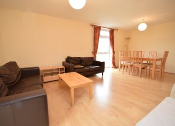 Thumbnail 3 bed flat to rent in Gordon Road, Finchley Central