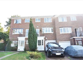 Hillview Close, Purley CR8. 3 bed town house