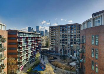 Thumbnail 2 bed flat for sale in Surrey Quays Road, London