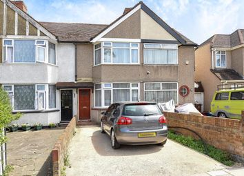 Thumbnail 1 bed flat to rent in Hounslow Road, Hanworth