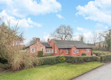 Thumbnail 3 bed cottage for sale in Hall Lane, Shotwick, Chester