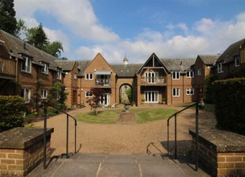 Thumbnail 3 bed flat for sale in High Street, Brasted, Westerham